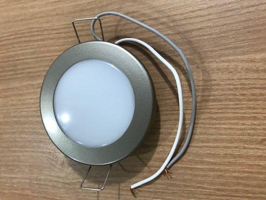 LUMINARIA CIRCULAR LED 12/V CROMADO ULTIMA  UNIDADE